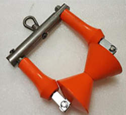 Swivel cable hanger